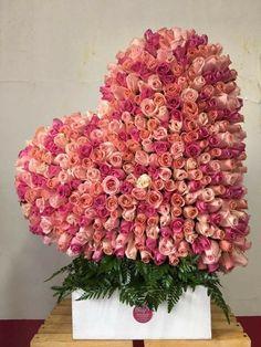 Easter Flower Arrangements, Beautiful Flower Arrangements, Beautiful Flowers, Valentines Flowers, Valentines Day Decorations, Flower Boxes, My Flower, Funeral Flowers, Wedding Flowers