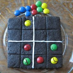 Edible Puzzle -- Edible Sudoku! What's better than a yummy educational craft for kids?