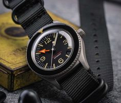 Undone offers high-quality personalized and customized timepieces for lovers of classic tool watches. Their latest offering is this gorgeous sandblast version of their popular Basecamp watch. Breitling, Seiko, Rolex Explorer Ii, Stylish Jackets, Time Design, Watch Companies, Chronograph, Watches, Leather