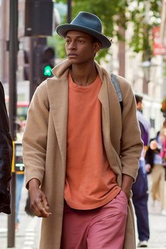 damplaundry:   Ty Ogunkoya at LCM S/S 2016 by... - Monde Des Hommes - Menswear Archive