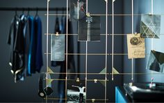 Display your favourite stuff on a versatile room divider built from IKEA MYRHEDEN frames in brass-colour. Hook four wire mesh frames together and attach them to a curtain rod rail hanging from the ceiling then start accessorising. Ikea Room Divider, Metal Room Divider, Room Dividers, Extra Storage Space, Storage Spaces, Konmari Methode, Kallax Shelf, Electric Gates, Types Of Rooms