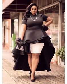 Ohhhh OMG.... this is pure Slayage!!! YOSSSSS   #repost @nzingaimani . When you walk in your purpose you won't have to chase anything your light will cause people and opportunities to pursue you! Thankful for 2017 #nzingaimani  . . . . #plusizefashion #springcollection #curvymodel #plussizebeauty #melaningirls #blackbeauty #whilhelminamodels #fashionmodel #highfashion #fashionphotography #printmodel #shootmodel #summerstyle #floridamodel  #miamimodel #plussizeblogger #daretowear…