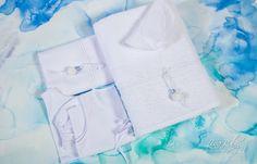 Λαδόπανο σε λευκό χρώμα, με διακόσμηση από κυματιστή τρέσα με και σιελ χάντρα ., annassecret, Χειροποιητες μπομπονιερες γαμου, Χειροποιητες μπομπονιερες βαπτισης