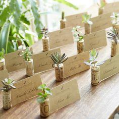Wine Cork Wedding, Diy Wedding Favors, Wedding Crafts, Diy Wedding Decorations, Wedding Seating Cards, Wedding Place Cards, Party Food Labels, Outdoor Dinner Parties, Outdoor Wedding Inspiration