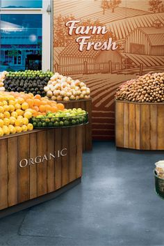 Incorporate your branding into the walls of your grocery store with Imagitect graphic wall protection from Impact Specialties. Fruit And Veg Shop, Vegetable Shop, Food Retail, Store Layout, Retail Store Design, Farm Shop, Shop Interiors, Grocery Store, Graphic Wall