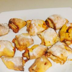Surely every Mum has heard about the 2 ingredient dough <br />If you haven't this is going to make your day recipe here <br />https://www.healthymummy.com/recipe/kid-approved-healthy-pizza-scrolls/?lbwref=628<br />It can be a little sticky so here is my sticky proof Pizza Pockets the scrolls a little big for our lunchbox so we changed it to pizza Pockets as my little one likes smaller parcels.