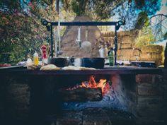 Dreamy outdoor kitchen, Deckman's en El Mogor, Valle de Guadalupe.