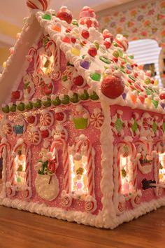 A Wonderful World Wired Wood Gingerbread House by cathypagedaniel White Gingerbread House, Cool Gingerbread Houses, Gingerbread House Designs, Gingerbread House Parties, Gingerbread Decorations, A Christmas Story, Christmas Candy, Christmas Baking, All Things Christmas