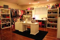 dream office/makeup room/ closet/ ahh!