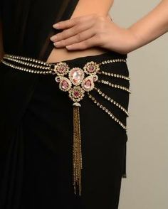 An elaborately designed kamarband especially looks great on slim waistlines, highlighting figure in Sarees and Lehangas!!