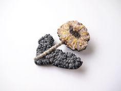 petit flower 刺繍 ブローチ no.11の画像3枚目