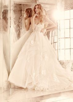 Hayley Paige strapless sweettheart wedding dresses 2016