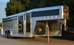 4-Star 26' V-Nose Stock Trailer (800) 848-3095