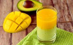 Smoothie mit Avocado und Mango