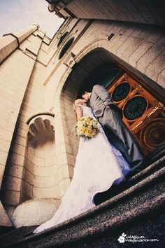 Gray/Silver, yellow and white winter wedding. Salt Lake Temple. Flowers by Jessica at Wildflower Independence, photography by Katherine Loveless.