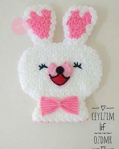 "1,200 Beğenme, 10 Yorum - Instagram'da Lif Modelleriniz (@lifmodelleriniz): ""Çok guzel tavşan motifli lif modeli #lifmodelleri @gokkusagilif"" Moda Emo, Piercings, Elsa, Diy And Crafts, Crochet Earrings, Applique, Crochet Hats, Pink, Quilts"