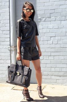 I'm tellin ya... it may be 100 degrees but in Aus... we do not stop with the black leather. this combo is slammin. Margaret in Kahlo leather tee, Gucci shoes & her 3.1 Phillip Lim bag. slaying it. #SummerDownUnder #AliceLiddell