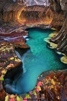 04-Emerald-Pool-at-Subway-Zion-National-Park-Utah