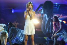Selena Gomez Gives a Serious Performance of 'Wolves' at the AMAs After Kidney Transplant — People Selena Gomez Live, Selena Gomez Pictures, American Music Awards 2017, Queen Of Everything, Old Singers, Lip Sync, Marie Gomez, Night Gown, Lgbt