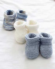 Ravelry: Baby's Booties (knit) pattern by Bernat Design Studio - free pattern