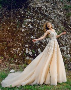 Bridal, evening and ball gowns made of exquisite fabrics and fine handwork will highlight your delicate, natural beauty and individuality on your unique Ball Dresses, Bridal Dresses, Ball Gowns, Formal Dresses, Wedding Bride, Wedding Gowns, Romantic Evening, Yellow Dress, Vienna