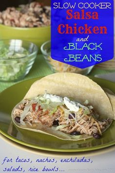 Slow Cooker Salsa Chicken & Black Beans - only 3 ingredients, for the easiest, yummiest Tacos, Nachos & More | cupcakesandkalechips.com | #m...