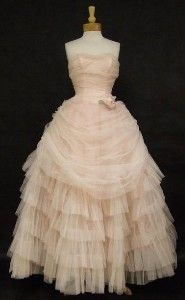 For @Jamie Kosch. I feel like she would appreciate a 1950's vintage ball gown. ;)