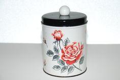 Vintage Mid Century Tin...Shabby Chic par Nogginsandnapes sur Etsy, $13.00