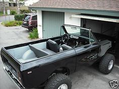 73 International Scout II