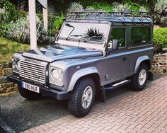 #landrover #defender #landroverdefender #watersmeethotel #parking by bayer.peter #landrover #defender #landroverdefender #watersmeethotel #parking