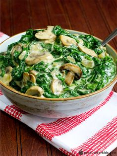Give the traditional creamed spinach a healthy makeover with this rich and creamy recipe. Spinach is a rich source of folate and iron, and onions are an excellent source of vitamin C. Tasty and healthy!