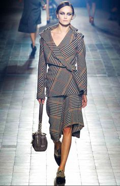 PARIS: Lanvin  Fall 2013 Ready-to-Wear Collection
