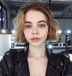 """Kira Rausch on Instagram: """"настроение ГРУСТИТЬ со звёздочками на лице"""""""