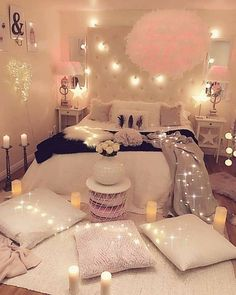 41 decorate dream room with teen room decor makeover and accessories Young R… Young Room – home accessories Bedroom Ideas For Teen Girls, Cute Bedroom Ideas, Room Ideas Bedroom, Cozy Bedroom, Bedroom Romantic, Bedroom Girls, Bedroom Rustic, Scandinavian Bedroom, Industrial Bedroom