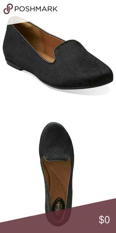 ❌ SOLD ❌Clarks Valley lounge like brand new   Great item for the fall and winter   Style num 26104101  With a silhouette borrowed from classic menswear, this women's slipper shows its feminine side with trendy pattern and texture. soft leather linings and a super soft footbed that clarks is known for. Choose this fashionable flat in black pony hair leather to add playful to basics this season.   Customer Ratings & Reviews 82% would recommend to a friend.  (Clarks customers) Clarks Shoes…