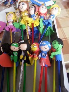 Fofulapices de princesas y super heroes estan disponibles