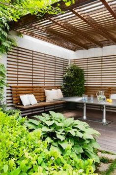 lovely outdoor room, I'm scheming to create a sense of privacy/intimacy in an outdoor space @beaulifestle@blogspot.com by erna