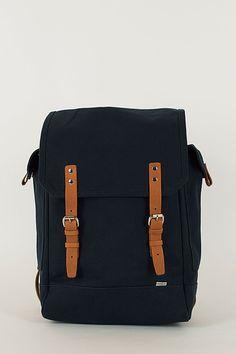 75c51d982ff5 52 meilleures images du tableau Sacs tendances   Trends, Backpack ...