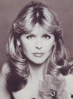 Lena Valaitis (September 7, 1943) German singer, who represented her country at the Eurovision Song Contest of 1981.