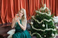 Emerald green color palette, sparklers, candles, christmas tree, flowers, Champagne, disko ball. Styled New Year inspired session — — Hääkuvaus, lapsikuvaus, vastasyntyneen kuvaus, yrityskuvaus | Valokuvaaja Helsinki, Espoo, Vantaa, Porvoo, Sipoo, Hyvinkää, Turku Helsinki, Christmas Tree, Wedding Ideas, Holiday Decor, Inspiration, Home Decor, Style, Teal Christmas Tree, Biblical Inspiration