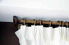 DIY: Bamboo Curtain Rod: Remodelista for Gillian! Modern Curtain Rods, Diy Curtain Rods, Modern Curtains, Bamboo Curtains, Yellow Curtains, Diy Curtains, Diy Bamboo, Bamboo Crafts, Bamboo Ideas