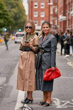 The Latest Street Style From London Fashion Week, Fashion trends 2019 , Top Street Style, Spring Street Style, Cool Street Fashion, Street Chic, Spring Style, Street Styles, La Fashion Week, London Fashion, Women's Fashion