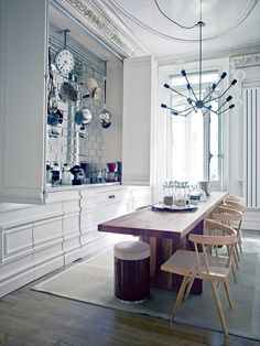 hm, this could be reconfigured to be a hidden buffet in a dining room....open for entertaining, close for day to day storage
