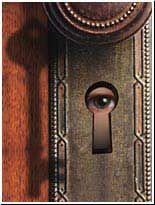 Peeping keyhole