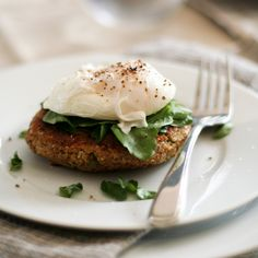 Quinoa Cakes and Poached Egg - without the egg for me. The Quinoa cake looks yummy.