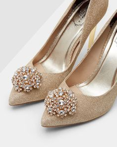 SHOP AW16: Put a twinkle in your step with the PEETCH court heels. Bejewelled to perfection, this sparkling pair will endow your occasion wardrobe with plenty of panache.