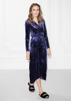 & Other Stories image 2 of Crushed Velvet Wrap Dress in Blue