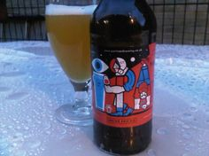 Cerveja Partizan IPA Galaxy Centennial Chinook, estilo India Pale Ale (IPA), produzida por Partizan Brewery, Inglaterra. 6.9% ABV de álcool.