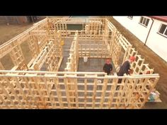 Incredible Fastest Wooden House Construction Method - Amazing Intelligent Log House Building Process - YouTube Building A Wooden House, Pallet Building, Building Ideas, Building Process, Concrete Block Walls, Treehouse Cabins, Diy Cabin, Pallet House, Built In Furniture