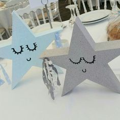 Sleeping stars Baby Shower Themes, Shower Ideas, Centerpiece Decorations, Little Star, Twinkle Twinkle, Christening, First Birthdays, Place Card Holders, Party Ideas